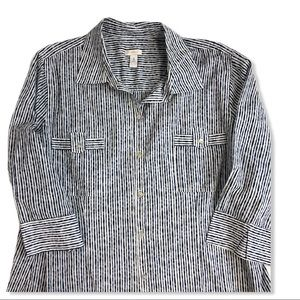 Chico's 3/4 Sleeve Patch Pocket Button Down Blouse